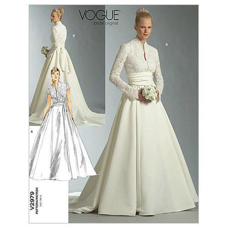 Vogue Pattern V2979 Misses' Petite Dress & Sash