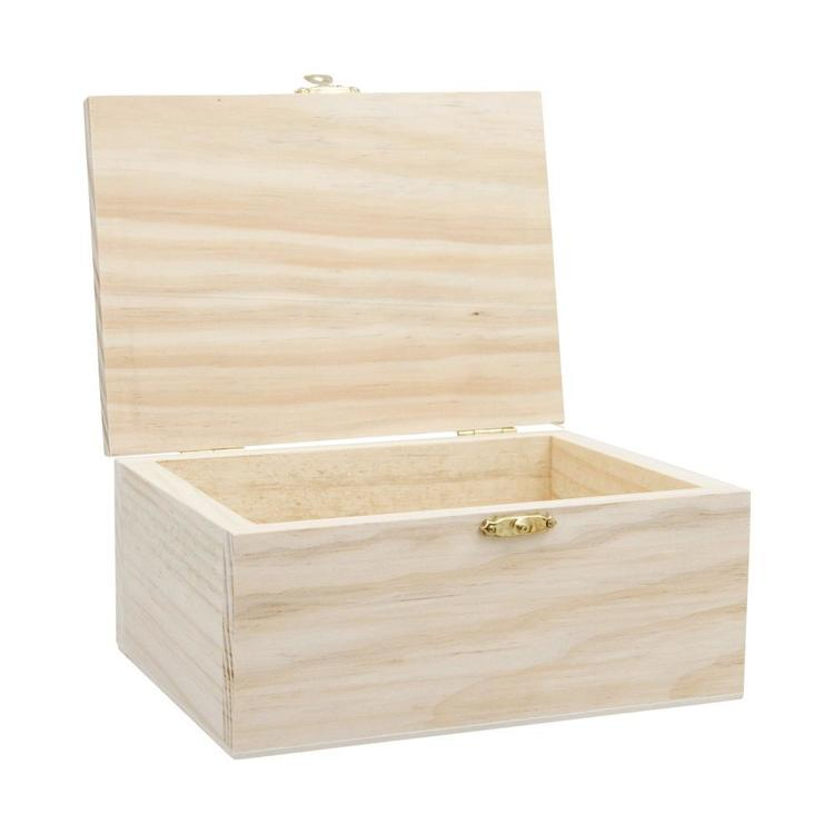 Shamrock Craft Box With Catch Natural