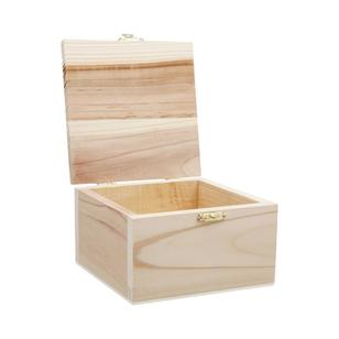 Shamrock Craft Box With Catch