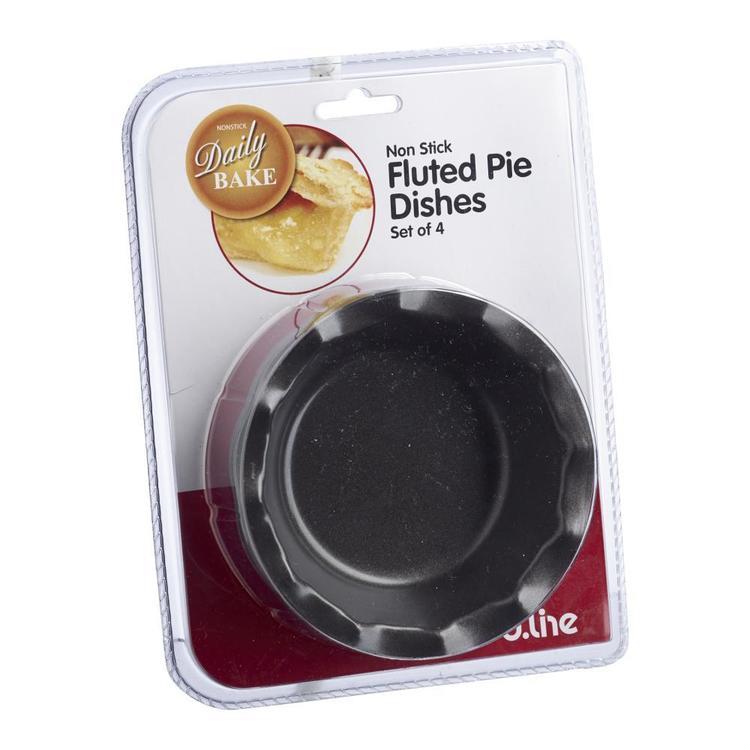 D.Line Fluted Pie Dish
