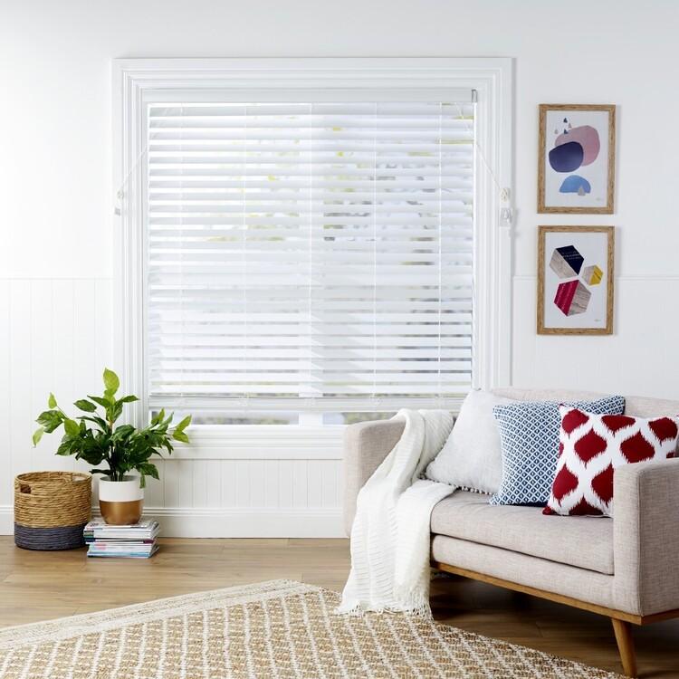 Windowshade 63 mm Slat 210 cm Drop White Faux Wood Venetian Blind