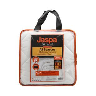 Jaspa Black All Seasons Mattress Protector