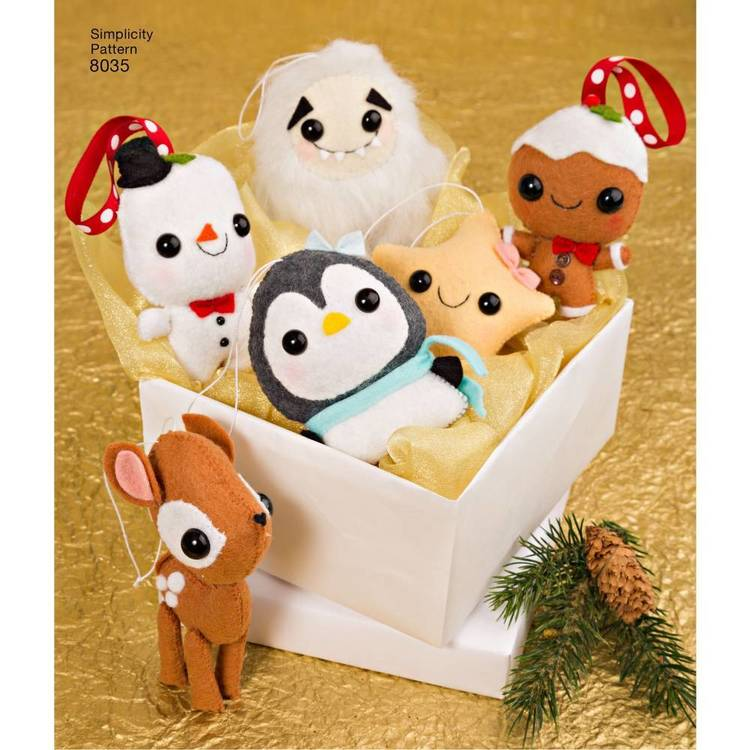 Simplicity Pattern 8035 Stuffed Animals & Ornaments
