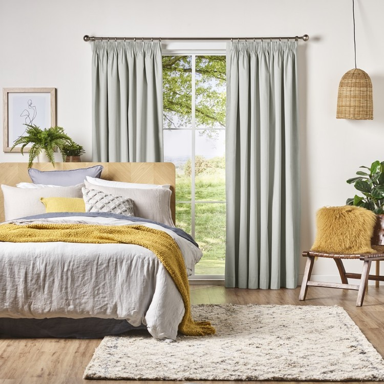 Gummerson Caine Pencil Pleat Curtain