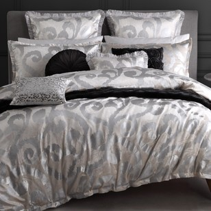 Logan & Mason Ultima Haley Quilt Cover Set