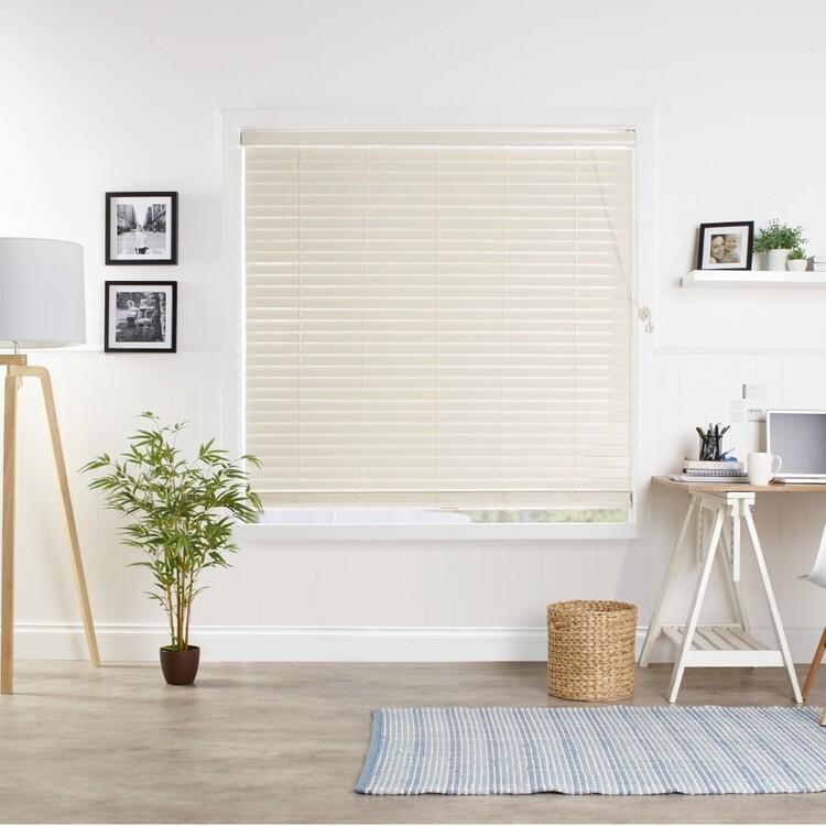 Windowshade 50 mm Alabaster Faux Wood Venetian Blind
