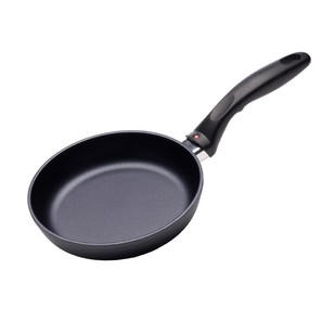 Swiss Diamond 18 cm Fry Pan