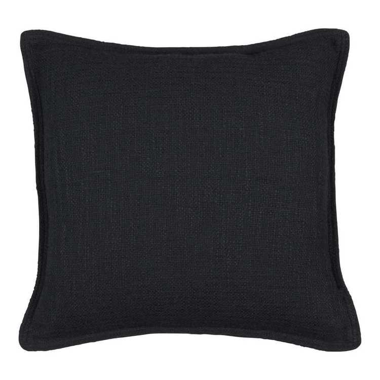 Rapee Santo Cushion