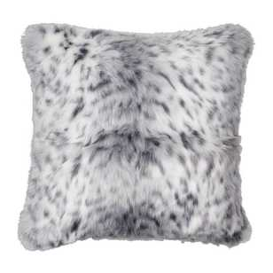 Koo Home Evan Faux Fur Cushion