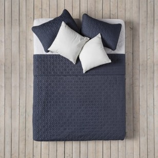 Bouclair Modern Nature Isle Coverlet