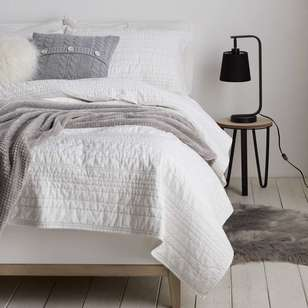 Bouclair Nomadic Spirit Mia Coverlet