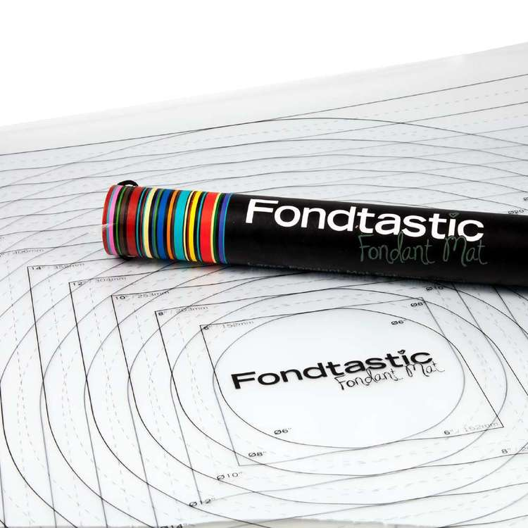 Fondtastic Fondant Mat 2 Piece Set Multicoloured 77 cm