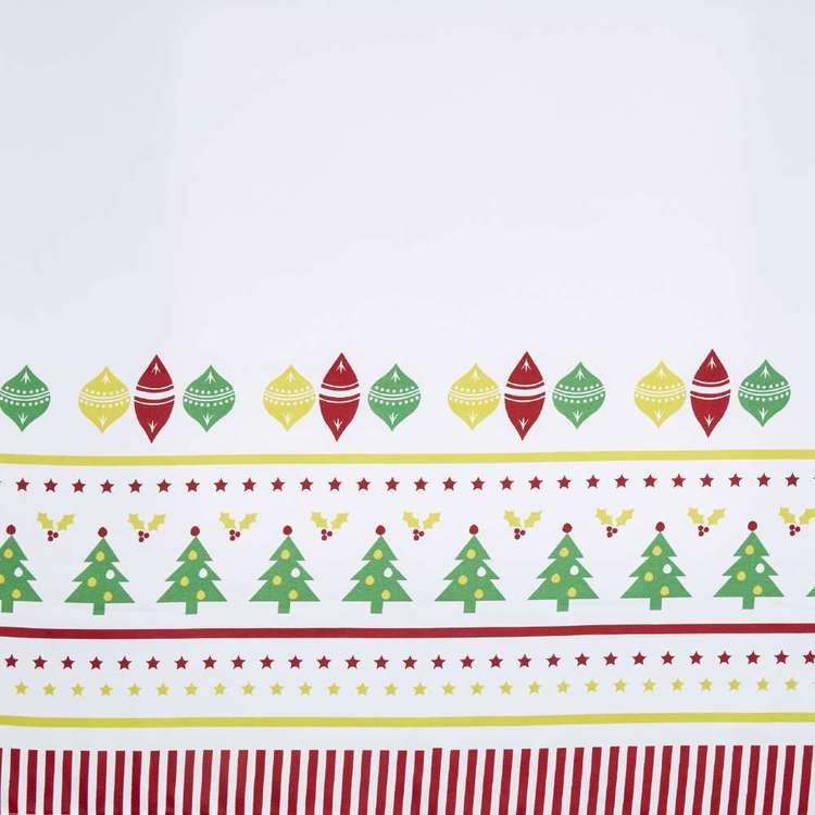 Christmas By Ladelle Very Merry Tablecloth