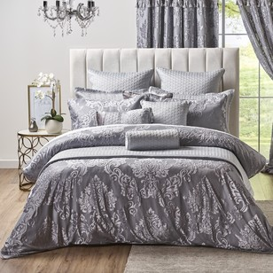 La Scala Scarlet Quilt Cover Set