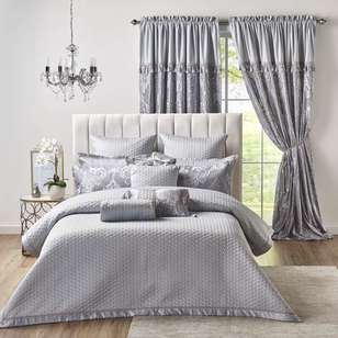 La Scala Scarlet Coverlet