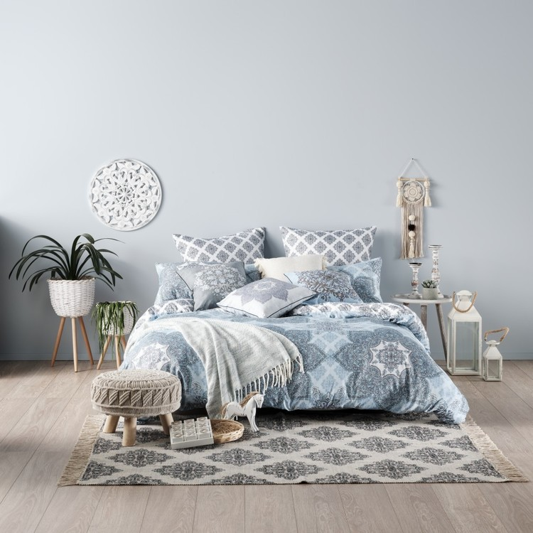 Ombre Home Weathered Coastal Kara Quilt Cover Set
