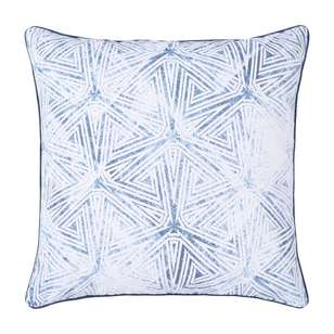 Ombre Home Weathered Coastal Zari Aspen Cushion