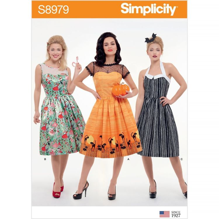 Simplicity Pattern S8979 Misses' Classic Halloween Costume