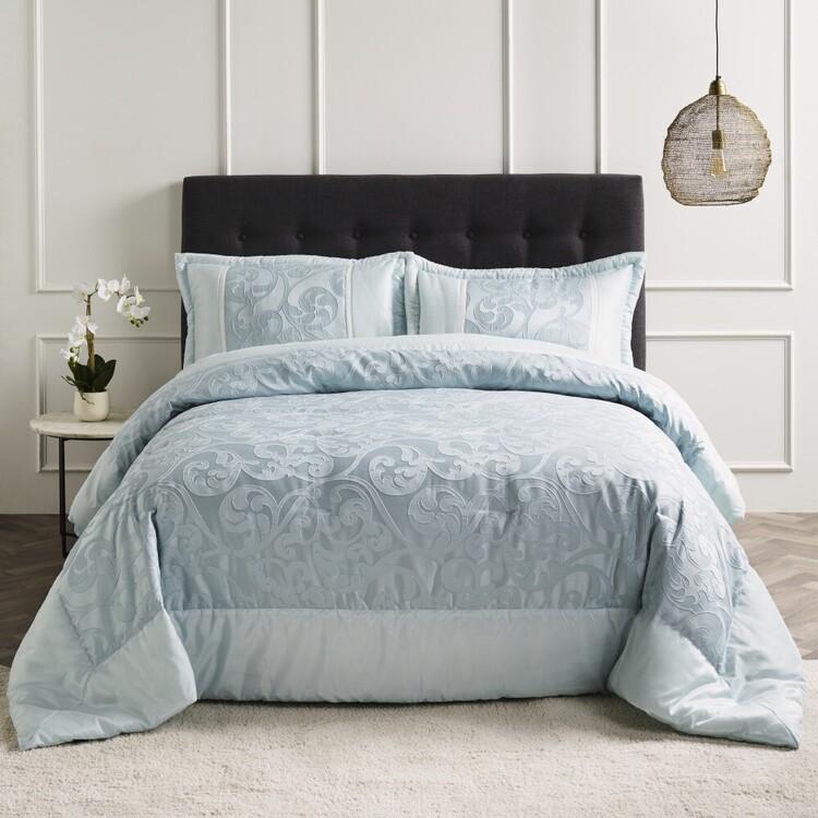 Belmondo Halston Jacquard Comforter