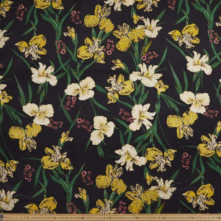 Floral Printed 147 cm Rayon Satin Fabric