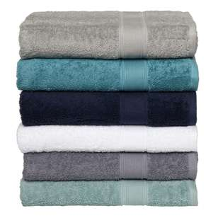 Arabella Silas Towel Collection
