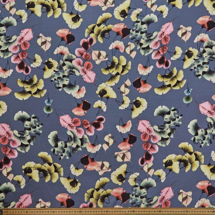 Leaf Printed 145 cm Oriental Slub Crepe G5 Fabric