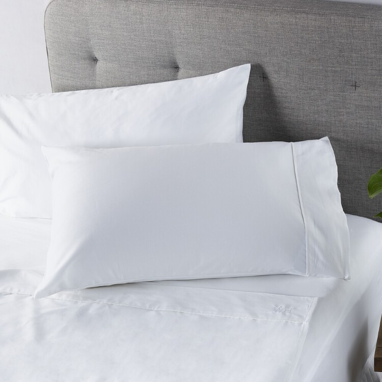 White Home 300 Thread Count Cotton Sheet Set