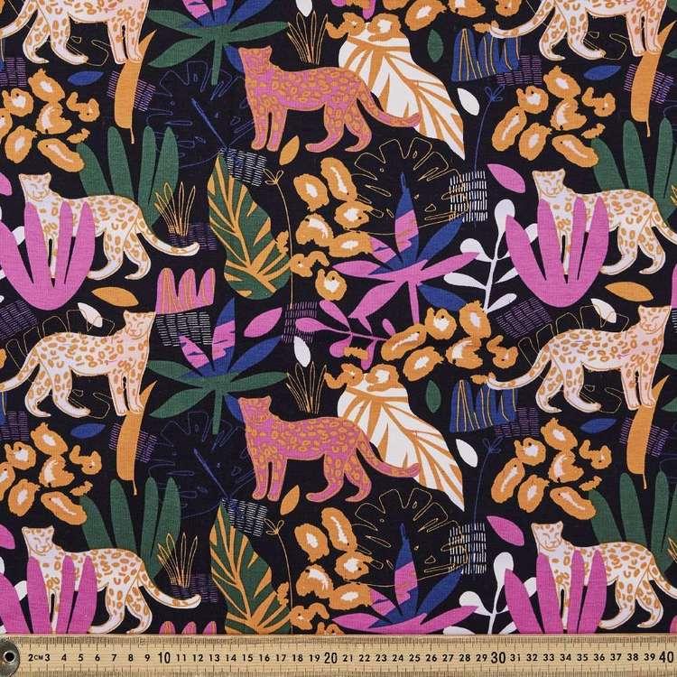 Animal Kingdom Printed 148 cm Cotton Spandex Fabric