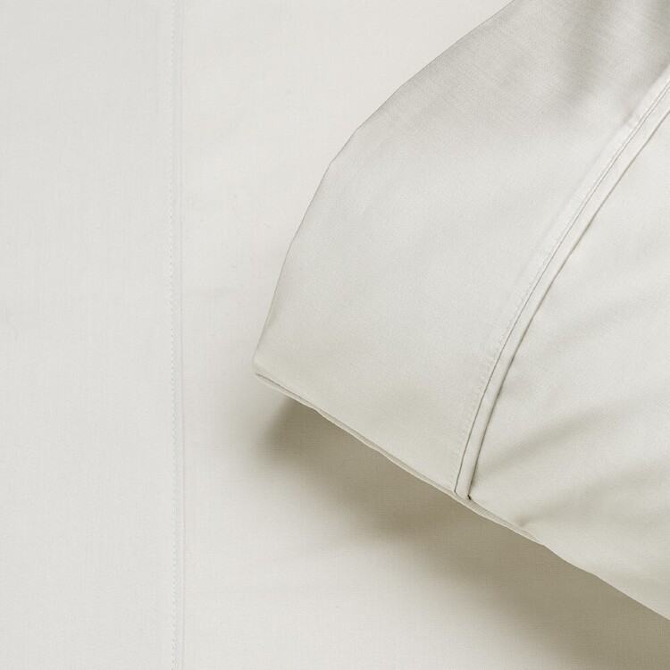 Logan & Mason 250 Thread Count Cotton Sheet Set
