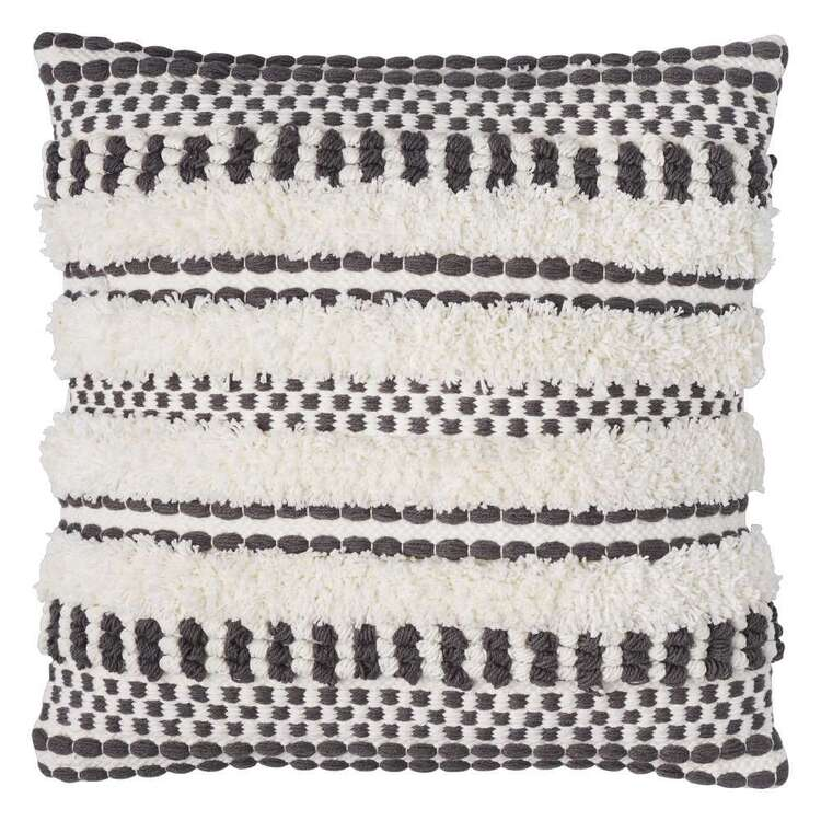 Logan And Mason Home Faugh Textured Tufted Cushion