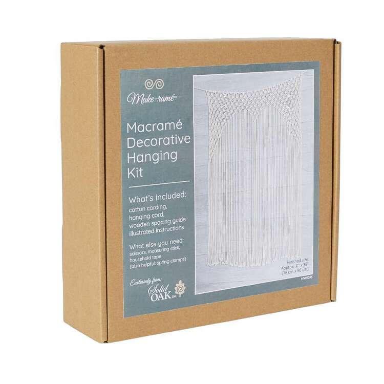 Solid Oak Lacy Backdrop Macram� Kit