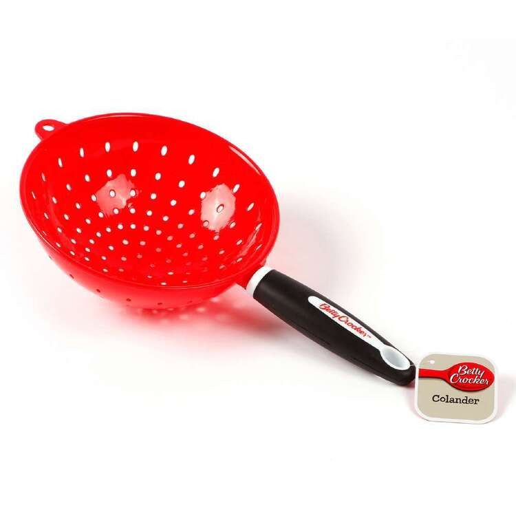 Betty Crocker Colander With Handle