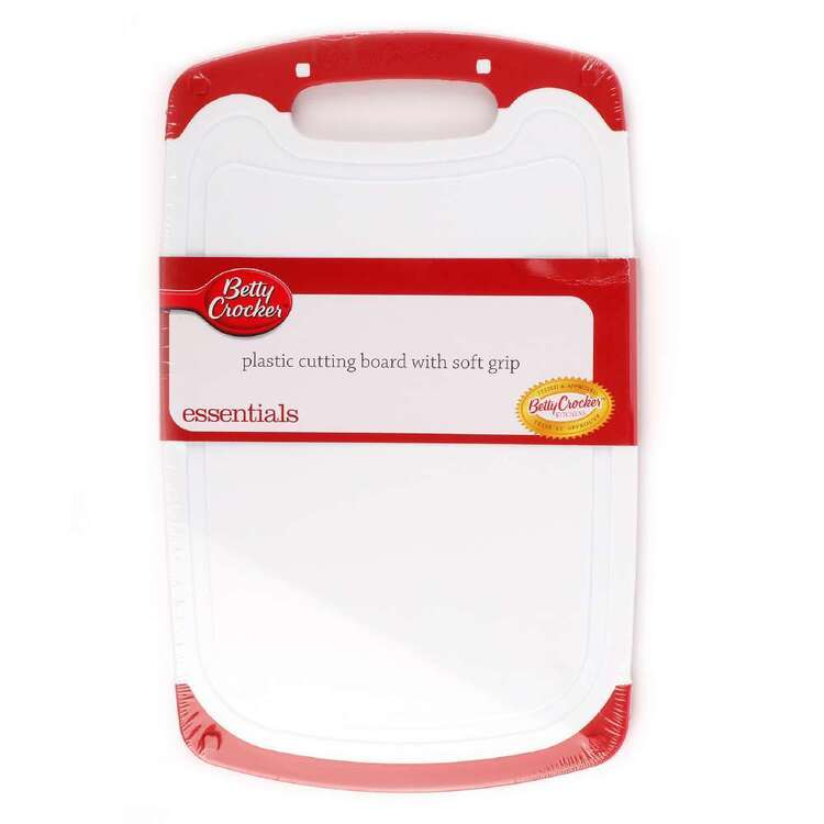 Betty Crocker Plastic Cutting Board