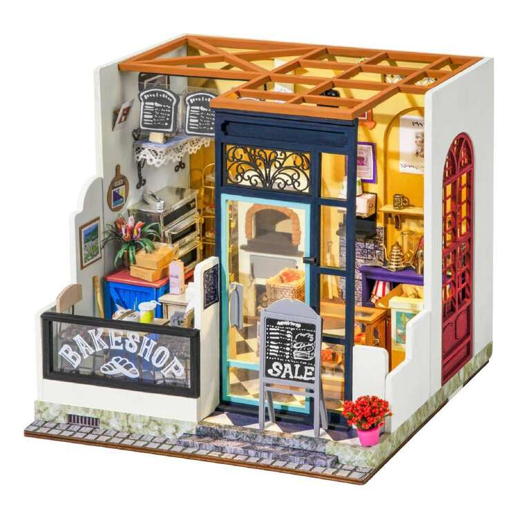 Robotime Nancy Bake Shop Mini House Kit
