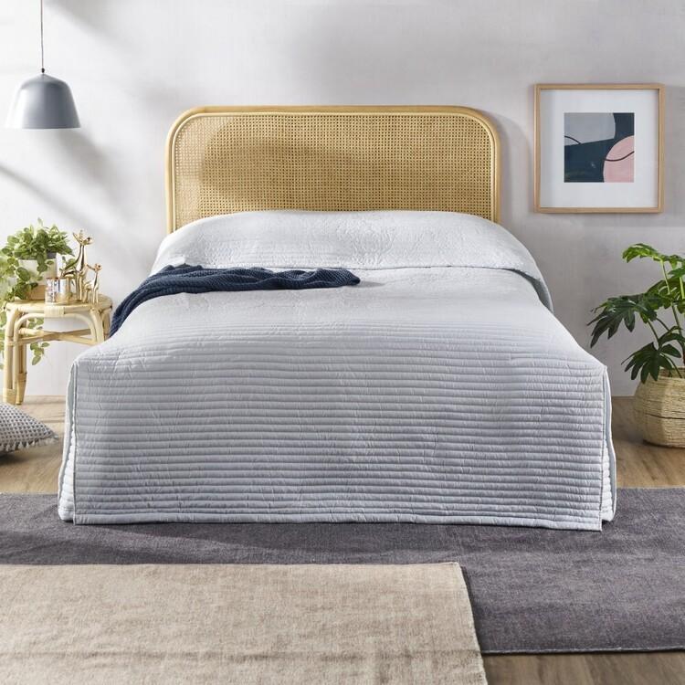 Logan & Mason Davenport Bedspread