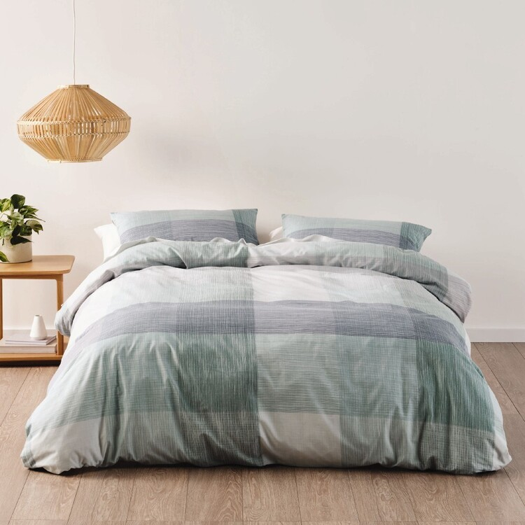 Brampton House Elia Quilt Cover Set
