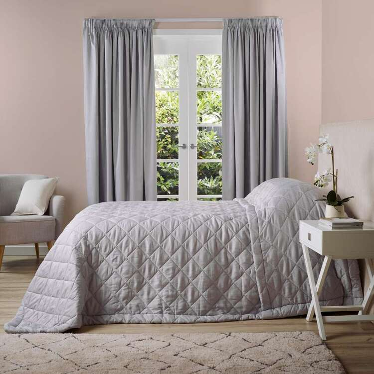 Gummerson Caine Quilted Bedspread