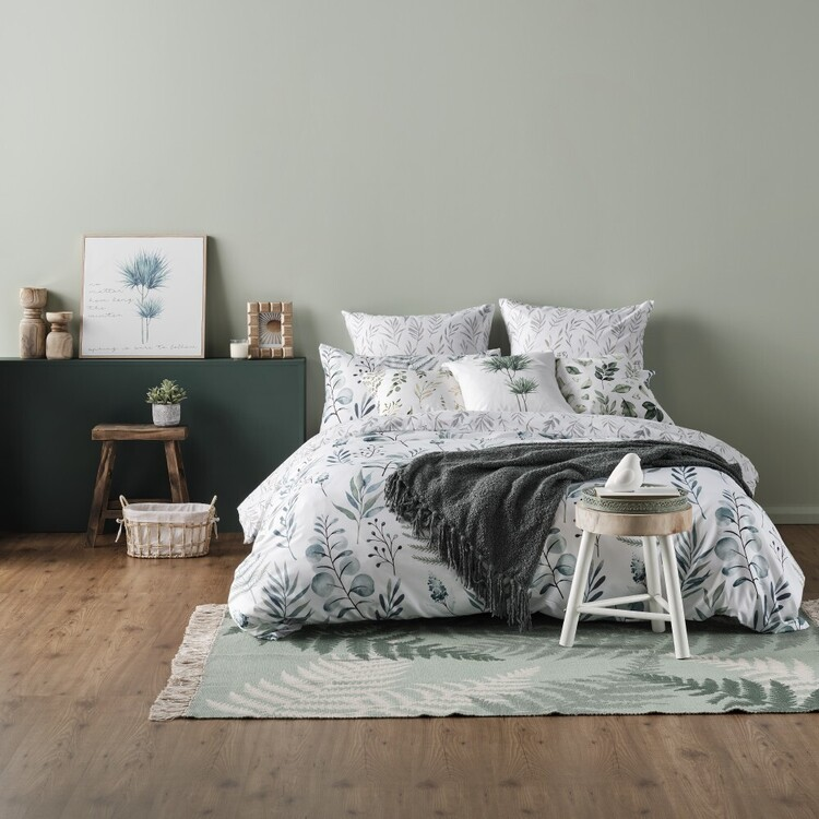 Ombre Home Country Living Botanic Leaf Quilt Cover Set