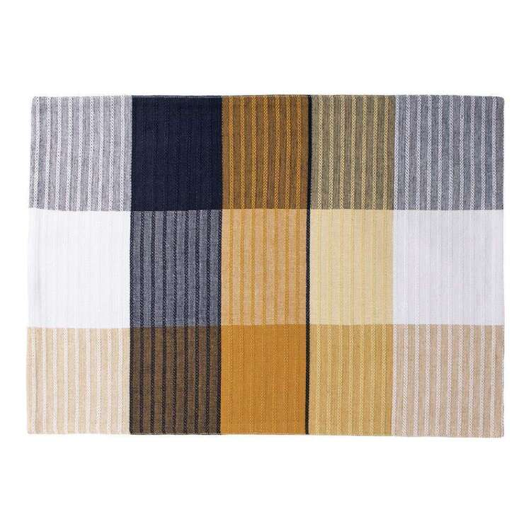 Dine By Ladelle Quinn Ribbed Placemat