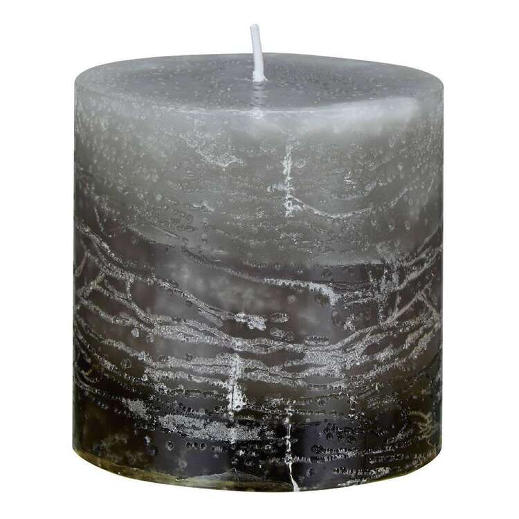 Bouclair Fur Statement 7.5 x 7.5 cm Candle