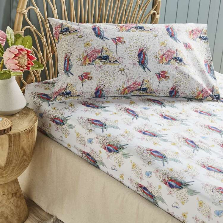 May Gibbs Bird & Flowers Fitted Sheet Set