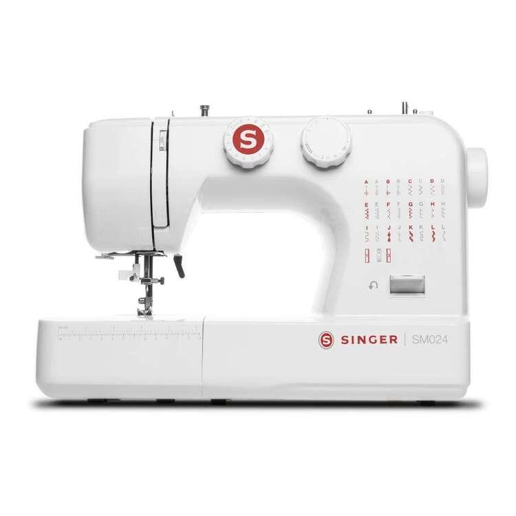 Singer SM024 Sewing Machine
