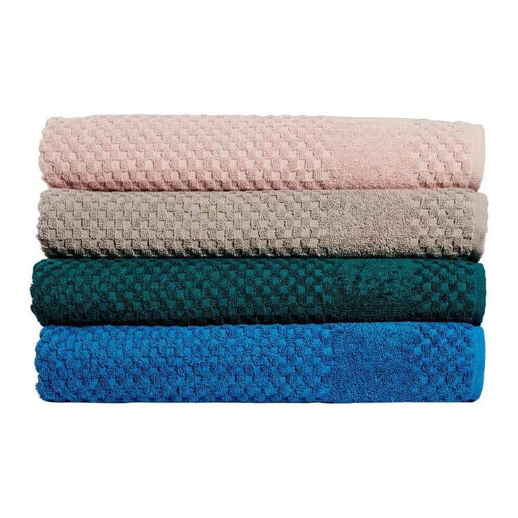KOO Kendall Towel Collection