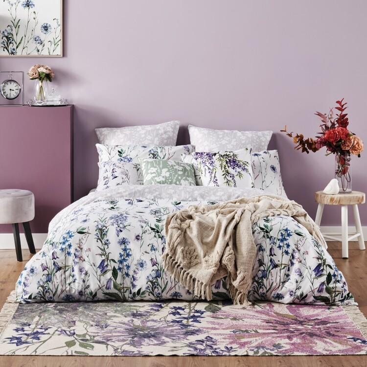 Ombre Home Classic Chic Floral Vine Quilt Cover Set