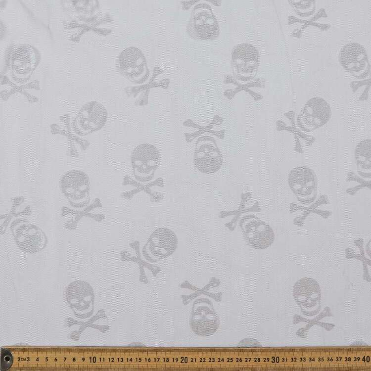 Skulls Printed 150 cm Spooky Net Fabric