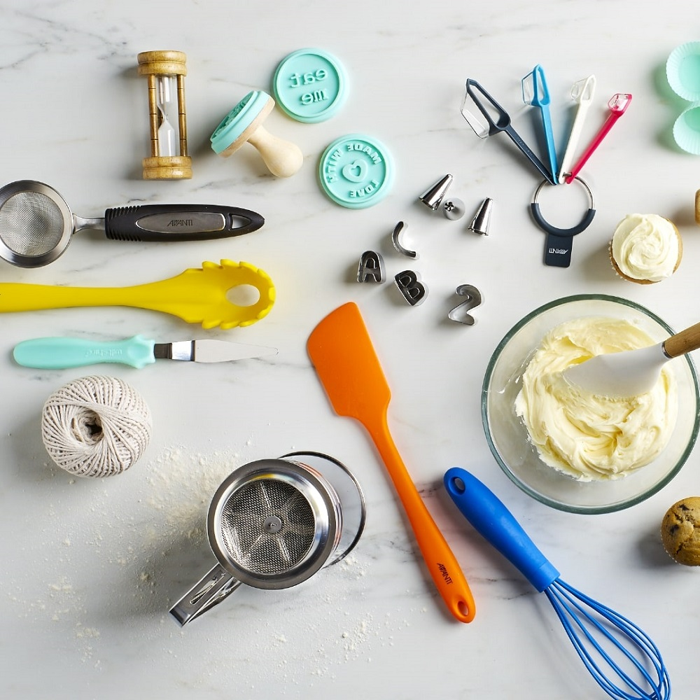 Utensils & Gadgets For Baking