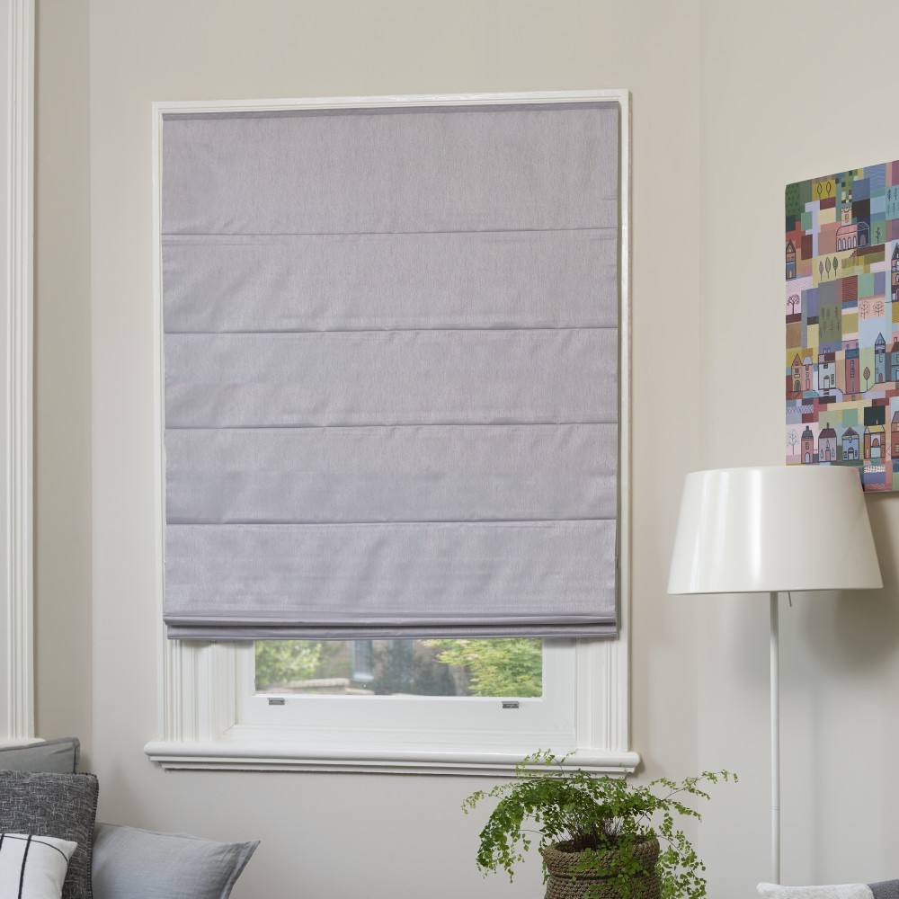 Choosing The Right Curtains & Blinds For Your Room