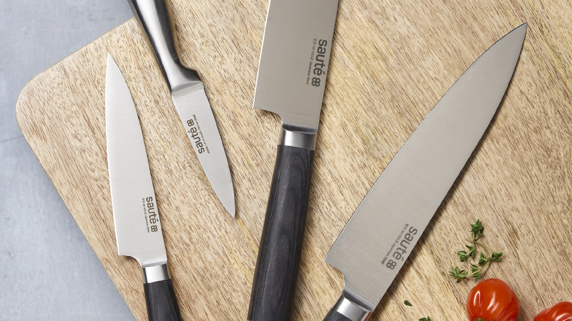 Make Sure That Safety Comes First When Caring For Kitchen Knives