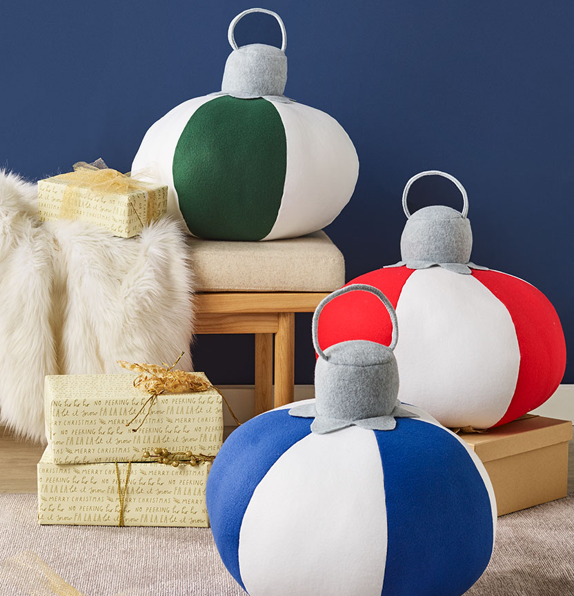 Christmas Bauble Cushions Project