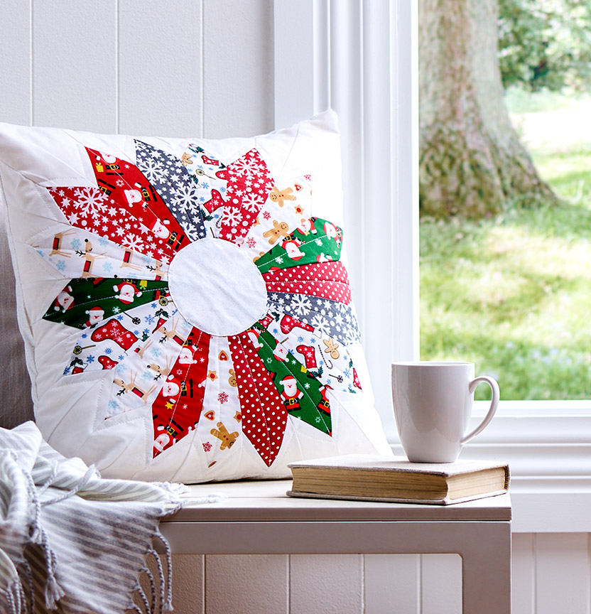 Christmas Dresden Plate Cushion Cover Project